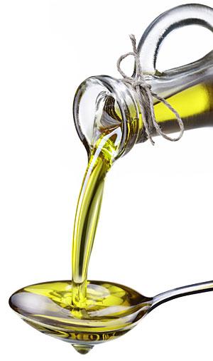 Kokosovo olje je bogato s srednje verižnimi maščobnimi kislinami